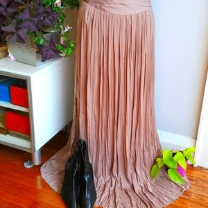 Chico's beige crinkle pleated maxi skirt, 0.5
